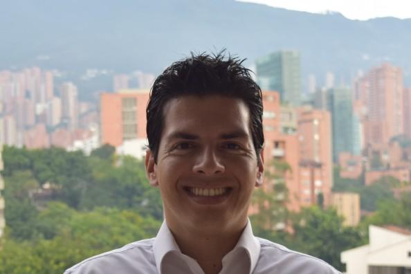 Libardo Andrés Castellanos – Emprendedor Digital – Abogado – Co Fundador y CEO de redkastella.com y tiki-trip.com – Ex Mentor Lider de Apps.co Medellín